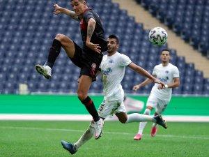 Karagümrük Kasımpaşa ile 1 -1 berabere kaldı