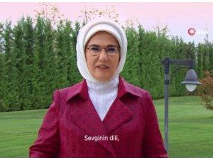 """Emine Erdoğan: """"Bir kadına kalkan el, hepimize kalkıyor"""