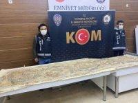 İstanbul'da Roma dönemine ait 3 metre uzunluğunda mozaik ele geçirildi