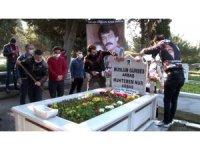 Müslüm Gürses vefatının 8'inci yılında mezarı başında anıldı