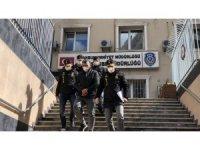 İstanbul'da 2 günde 7 otomobil çalan hırsızlar kamerada