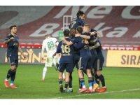 Süper Lig: Konyaspor: 0 - Fenerbahçe: 3 (Maç sonucu)