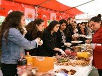 Öğrencilerden Mehmetçik Vakfı'na  26 bin liralık bağış