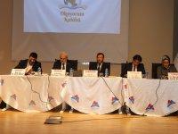 """Ağrı'da """"İslam ve Kadın"""" konulu panel düzenlendi"""