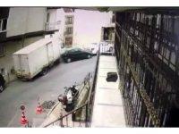 Ortalığı savaş alanına çeviren kamyonet kamerada