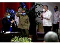 Küba'nın eski Devlet Başkanı Castro, FCC Genel Sekreterliği görevini bıraktı