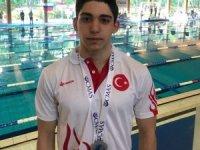 Genç milli yüzücü dünya ikincisi oldu