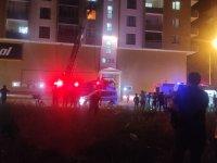 Ağrı'da binada çıkan yangın korkuttu