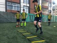 Ağrı Fenerbahçe Futbol Okulu Antrenmanlara Başladı