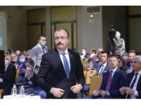 Bakan Muş, Moskova'da Türk-Rus İş Forumu'na katıldı