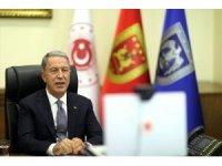 Milli Savunma Bakanı Akar, Afganistanlı mevkidaşı ile görüştü