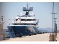 Turistik deniz araçlarının Adalar'da iskelelere yanaşması yasaklandı