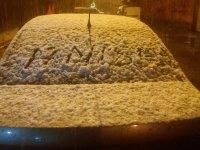 Ağrı'da nisan ayında kar yağışı
