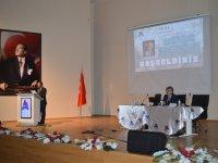 """Ağrı'da 'İslam Bilim Tarihi"""" paneli"""