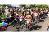 Diyarbakır'ın süslü kadınları pedal çevirdi