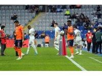 Süper Lig: Başakşehir: 1 - Fenerbahçe: 0 (Maç devam ediyor)
