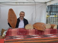 Bayatlamayan Ekmek Ağrı'da İlgi Odağı Oldu