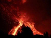 La Palma'daki yanardağ felaketi tam 1 aydır sürüyor
