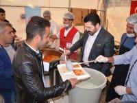 Başkan Sayan, orucunu iftar çadırında açtı