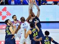 Tahincioğlu Basketbol Süper Ligi: Anadolu Efes: 86 - Fenerbahçe Beko: 76