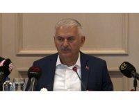 """Binali Yıldırım: """"Rakibim CHP adayı hala kendini Belediye Başkanı zannediyor"""""""
