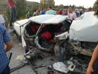 Hatay'da 3 aracın karıştığı kazada 6 kişi yaralandı