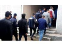 PKK/KCK propagandası yapan ve destek veren 8 kişi yakalandı