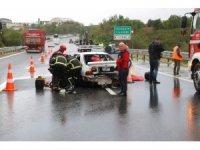 TEM otoyolunda 3 otomobil birbirine girdi: 5 yaralı