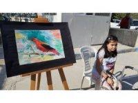 13 yaşındaki Melisa engelleri resimle aştı