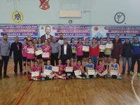 Ağrı'da Yıldızlar Voleybol Grup Müsabakaları Sona Erdi