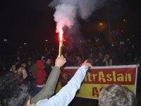 Ağrı'da Galatasaraylılar Kadıköy galibiyetini kutladı
