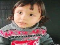 Polis amcaları sokak sokak dolaşıp küçük Adem'in ailesini aradı