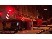 Apartman sakinlerinden 'Evini yaktı ve kaçtı' iddiası