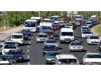 Trafiğe 4 ayda 260 bin araç katıldı