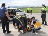 Denizli'den Ağrı'ya gelirken kaza geçirdiler