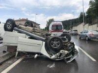 Maltepe'de otomobil takla attı: 1 yaralı