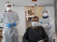 Ağrılı hasta ECMO tedavisi ile hayata tutundu
