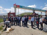 DAİB yönetimi Gürbulak'ta kurban kesip dua etti
