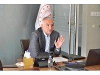 """Bakan Ersoy: """"Türkiye turizmde birçok Avrupa ülkesinden daha hazırlıklı"""""""