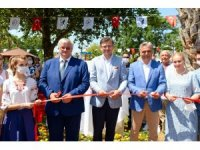 Ukrayna Dışişleri Bakanı Dmitro Kuleba, Antalya'da Kültür parkı açılışı yaptı