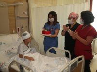 Ağrılı Efe'ye hastanede doğum günü sürprizi
