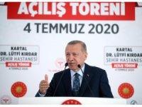 """umhurbaşkanı Erdoğan: """"Türkiye'yi 3 kıtanın sağlık merkezi yapma hedefimizde kararlıyız"""""""