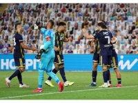 Fenerbahçe,  Göztepe'yi 2- 1 mağlup etti