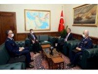 Bakan Akar ABD Ankara Büyükelçisi Satterfield'i kabul etti