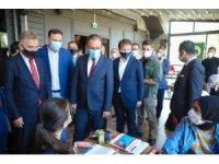 Bakan Kasapoğlu, Gaziosmanpaşa'da gençlerle buluştu