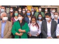 """HDP'li vekillerden polise: """"Terbiyesiz"""", """"Bana sicili söyle"""""""