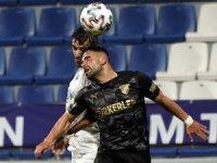 Kasımpaşa, sahasında karşılaştığı Göztepe ile 0-0 berabere kaldı