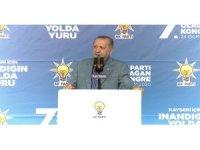 """Cumhurbaşkanı Erdoğan, """"Azeri kardeşlerimiz işgal altındaki topraklara doğru yürüyorlar"""