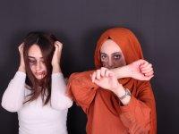 Kadına Şiddete Dayak Makyajıyla Dikkat Çekiyorlar