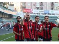 Denizlispor, 4. turunda sahasında, Turgutluspor'a 2-1 yenildi